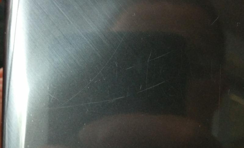 Ridser på bagsiden af G Flex