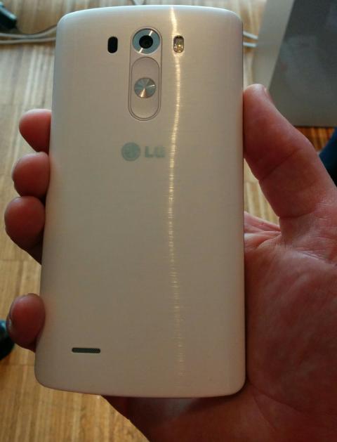 LG G3 i hånden
