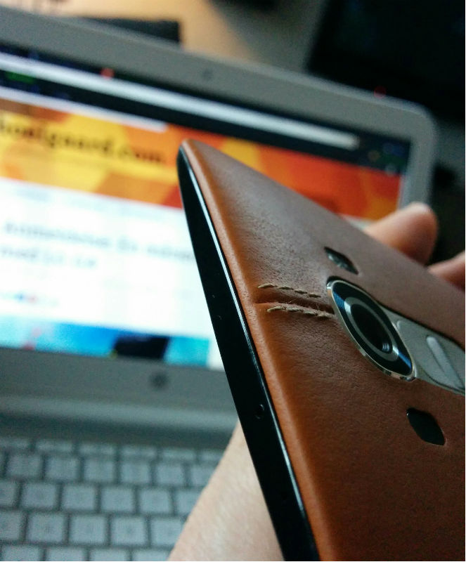 LGG4_Brown_leather_2